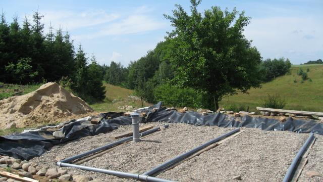 Constructing wetland