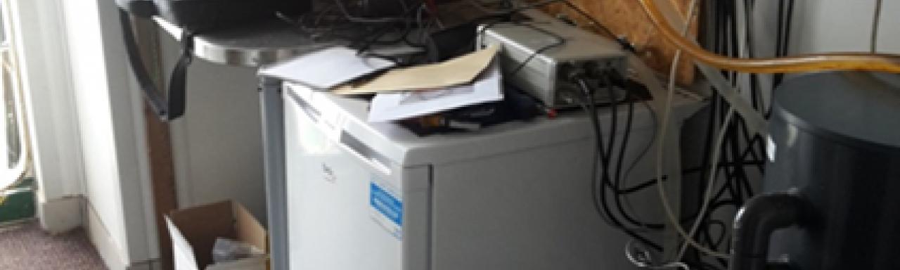 Installation board and micro-filtering device on board the R/V SALME
